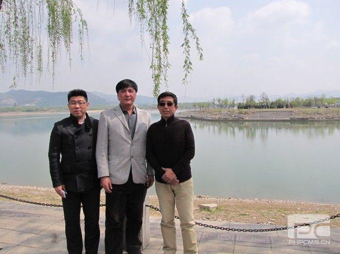 三人行(左起:蒋济宏、灵岩放歌、陈文斌)